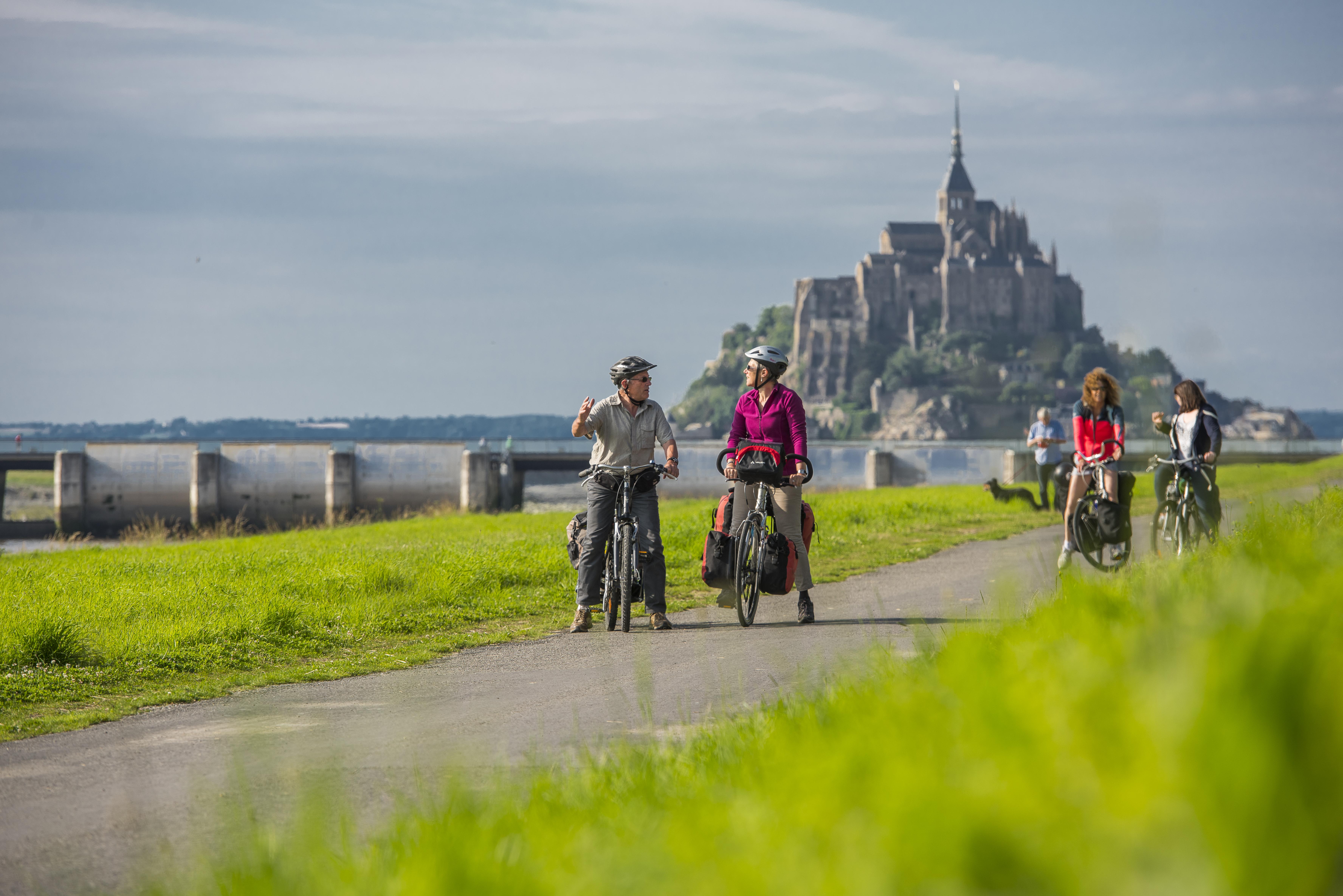 7 - Visite à vélo - Paris - Mont Saint Michel