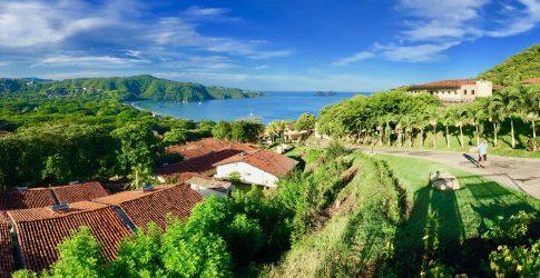 Vue de la plage Hermosa en Costa Rica