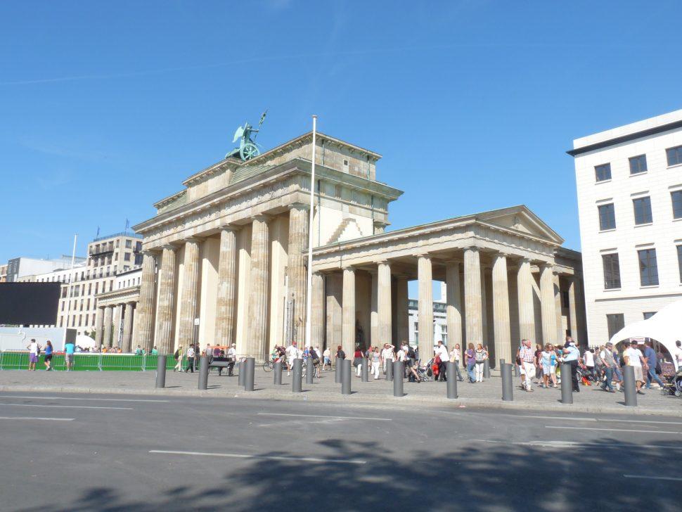 Blick auf Brandenburger Tor in Berlin