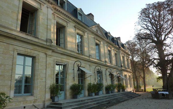 Blick auf ein Hotel von France à Vélo